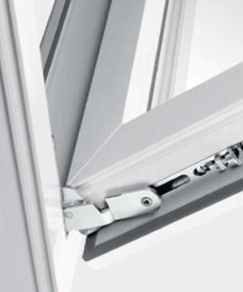 Ferragens Winkhaus para janelas em PVC