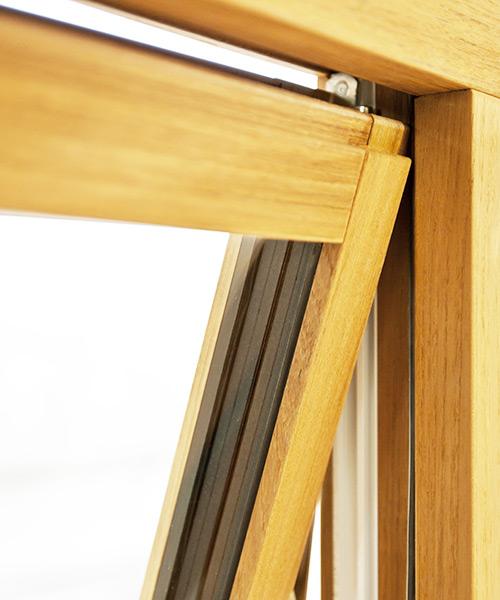 Portas em madeira em Faro – preços