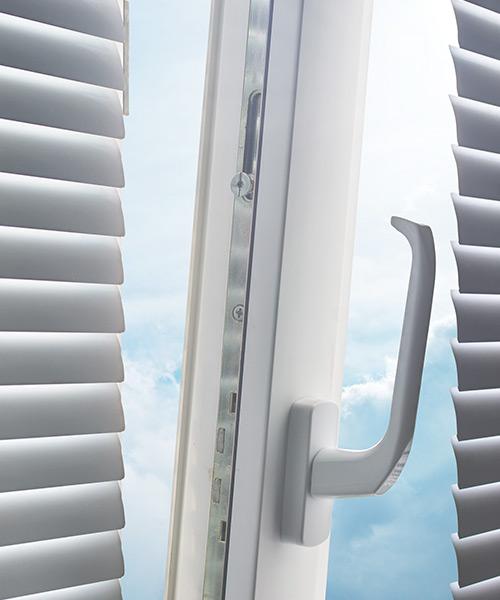 Caixilharia PVC para portas em Sintra – preços